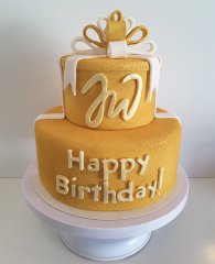 goldene-happy-birthday-torte.jpg