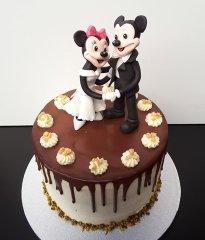 minnie-micky-mouse-torte-confesti-voels.jpg
