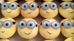 10-cupcakes.jpg